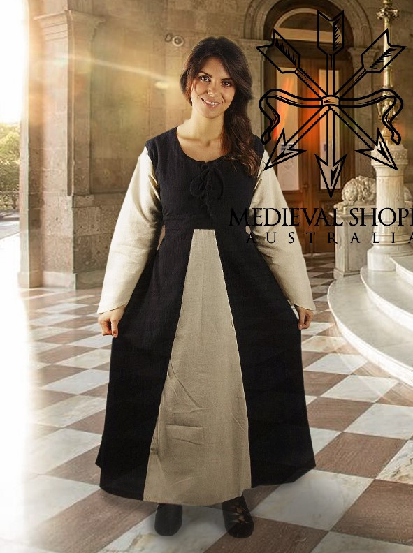 Medieval Dress (Black & White)