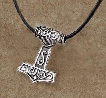 Thor Hammer (Mjöllnir) Viking Amulet
