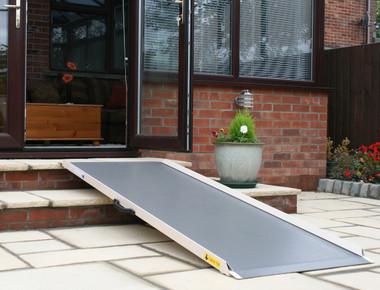 Flat Panel Ramp - Steps