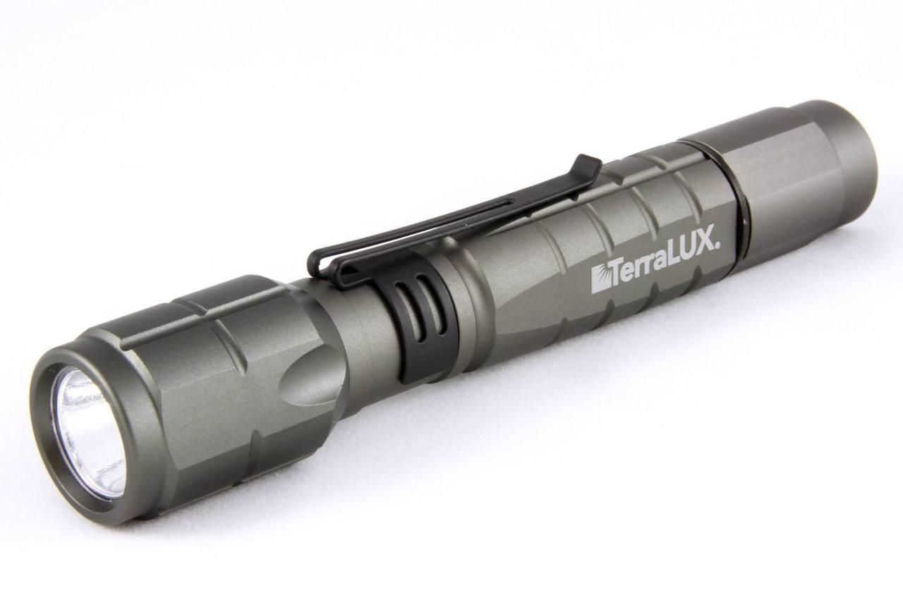 http://d3d71ba2asa5oz.cloudfront.net/23000617/images/terralux-lightstar300-led-tactical-flashlight-titanium-gray-casku6818-1.jpg