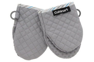 https://d3d71ba2asa5oz.cloudfront.net/23000296/images/cuisinart-quilted-mini-mitts-drizzle-gray-casku20802.jpg