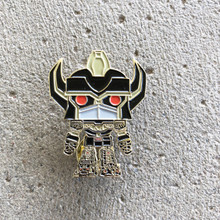 Power Morphicon 2018 Power Rangers Black and Gold MMPR Megazord pop Pin
