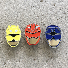 Power Morphicon 2018 Power Rangers Beast Morphers Helmets set Pin