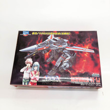 Macross Valkyrie VF-1J Rick Hunter Gerwalk ARII Model Kit 1/100 Scale Robotech