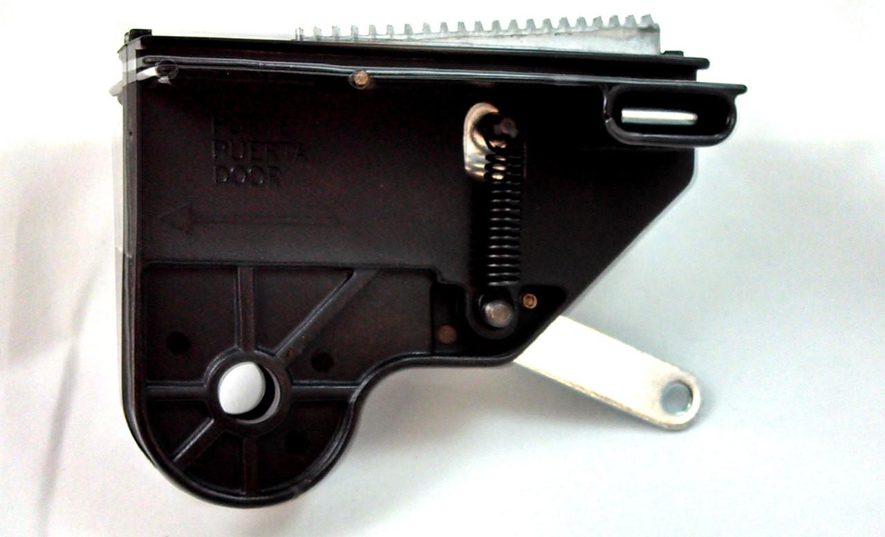 Confirm. genie garage door opener screw drive carriage