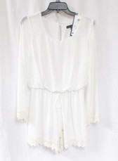 City Studio Triangles Juniors' Lace-Trim Bell-Sleeve Romper Eggshell S NWT
