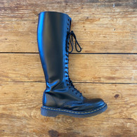 Private Listing Dr. Martens Boots