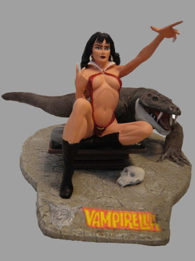 Frazetta Vampirella Statue