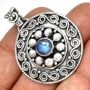 Bali - Rainbow Moonstone 925 Sterling Silver Pendant Jewelry PP190923