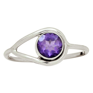 Amethyst - Africa 925 Sterling Silver Ring Jewelry s.9.5 30831R