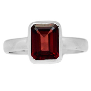 Deep Red Faceted Garnet 925 Sterling Silver Ring Jewelry s.10 GNFR661