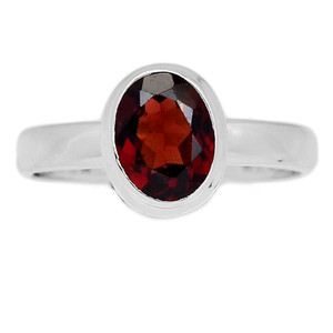 Deep Red Faceted Garnet 925 Sterling Silver Ring Jewelry s.9 GNFR656