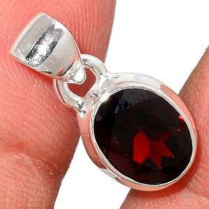 Faceted Garnet 925 Sterling Silver Pendant  Jewelry GNFP235
