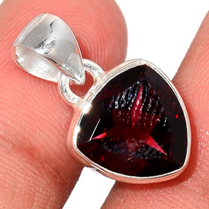 Faceted Garnet 925 Sterling Silver Pendant  Jewelry GNFP253