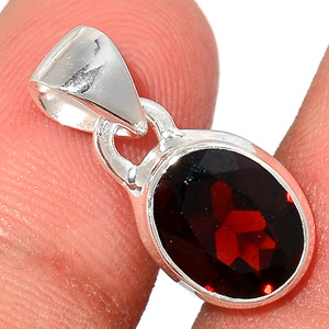 Faceted Garnet 925 Sterling Silver Pendant  Jewelry GNFP255