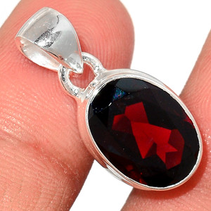 Faceted Garnet 925 Sterling Silver Pendant  Jewelry GNFP239