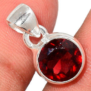 Faceted Garnet 925 Sterling Silver Pendant  Jewelry GNFP249