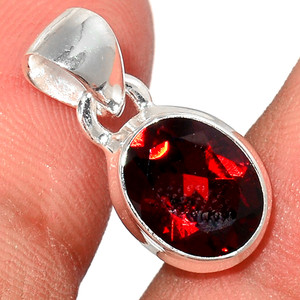 Faceted Garnet 925 Sterling Silver Pendant  Jewelry GNFP244