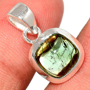 Green Tourmaline Cab 925 Sterling Silver Pendant  Jewelry TUCP79