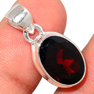 Faceted Garnet 925 Sterling Silver Pendant  Jewelry GNFP259