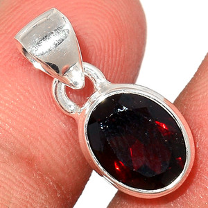 Faceted Garnet 925 Sterling Silver Pendant  Jewelry GNFP254