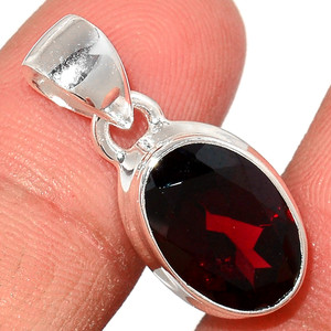 Faceted Garnet 925 Sterling Silver Pendant  Jewelry GNFP247