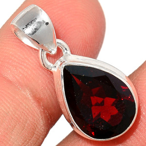 Faceted Garnet 925 Sterling Silver Pendant  Jewelry GNFP258