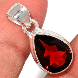Faceted Garnet 925 Sterling Silver Pendant  Jewelry GNFP234