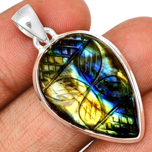Carved Multi Fire Labradorite 925 Sterling Silver Pendant  Jewelry CLBP312