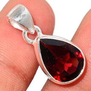 Faceted Garnet 925 Sterling Silver Pendant  Jewelry GNFP250
