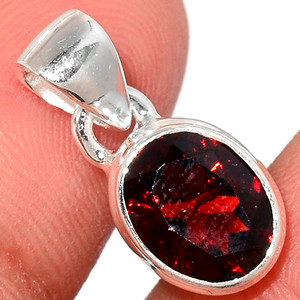 Faceted Garnet 925 Sterling Silver Pendant  Jewelry GNFP246