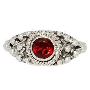 Faceted Garnet 925 Sterling Silver Ring Jewelry s.6.5 GNFR721