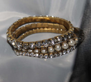 Sandra Rhinestones and Pearls Stretch Bracelet