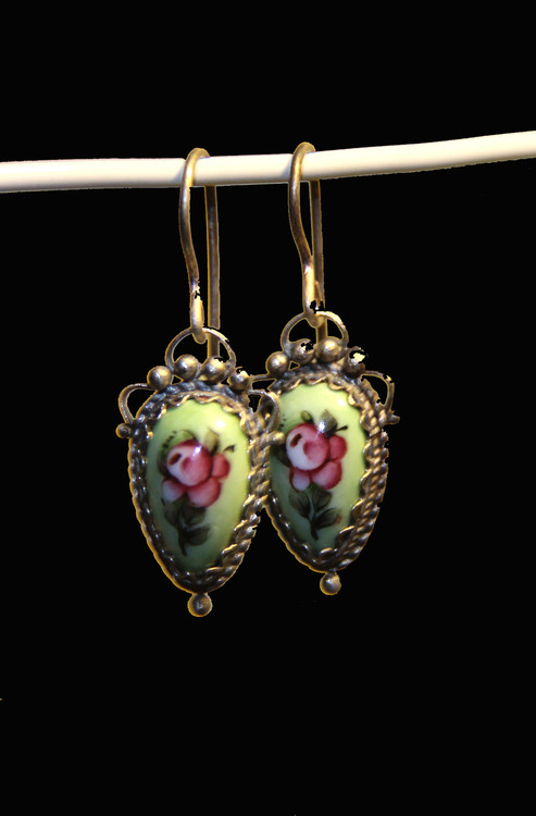 Green Finift Earrings With Pink Flower