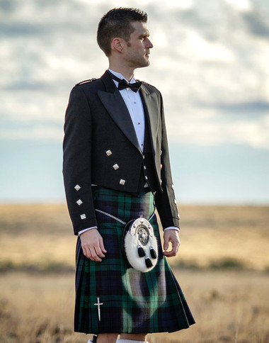 05b9eb369b32 Custom Made Authentic Scottish Kilt