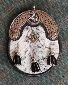 Rampant Lion Masonic White Nguni Sporran