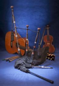 McCallum Blackwood Folk Pipes with Mopane and Alloy Mounts