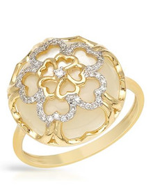 VIDA 14K Yellow Gold  Ring With  Diamonds and Mother of pearl