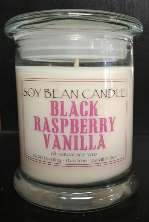 Fruity without being too sweet. The brightness of the ripe black raspberries is well balanced by a mellow and natural vanilla note making this a versatile, all-year fragrance.
