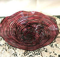 Small Crinkle Bowl with Red and Black Concentric Lines