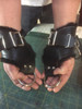 You can put fingers through the large D Rings, or wrap your hands around the leather which is shaped to fit right and left hands