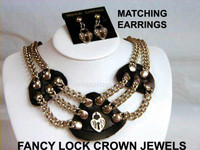 Crown Jewels Collar with One Fancy Lock Charm