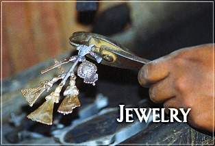 its-cactus-jewelry.jpg