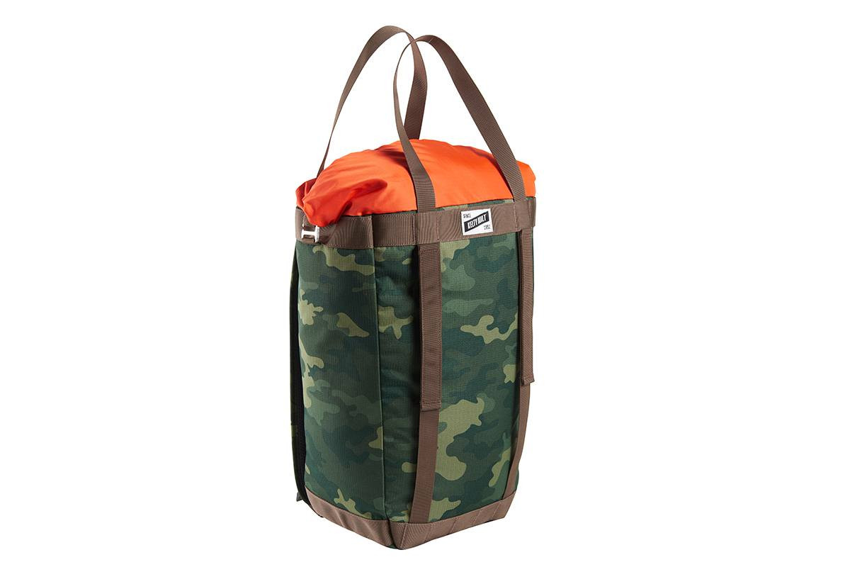 Kelty Hyphen Pack-Tote, Green Camo, front view, in tote bag mode