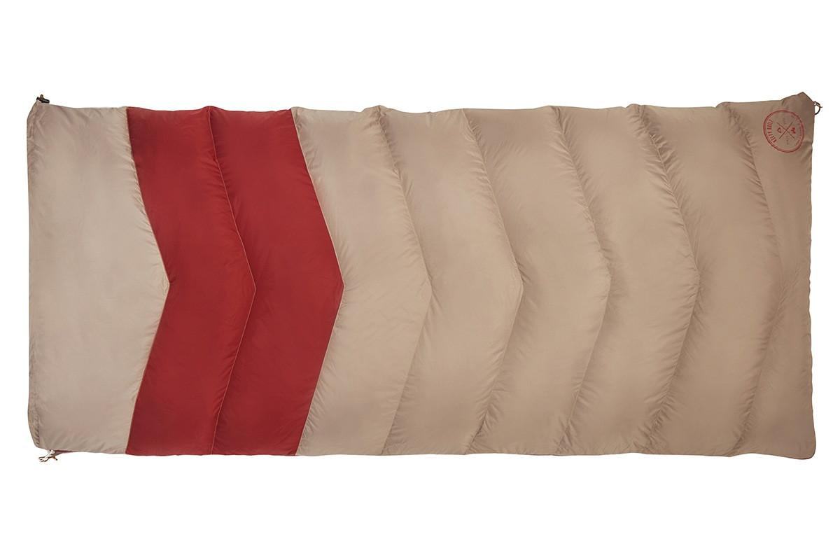 Kelty Women's Galactic 30 Dridown sleeping bag, tan/red, fully zipped