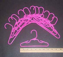 Hangers-Pink Plastic 1 Dozen