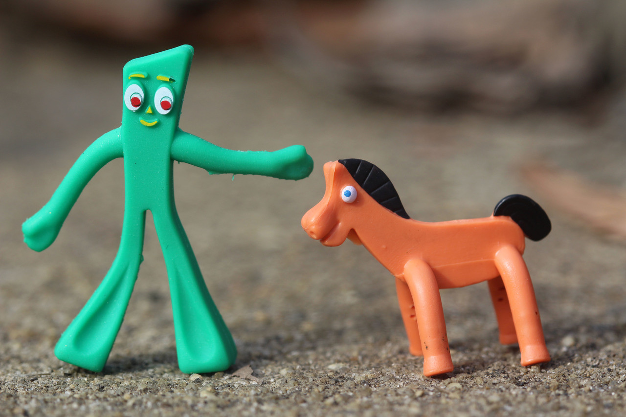 """Gumby /& Pokey New Embroidered Iron On Patch 4/"""""""