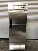 NEW 1 Door Freezer Upright Reach In Stainless Steel Solid NSF Dukers D28F #2803-OB