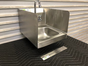 NEW Hand Sink Stainless Steel Wall Mount NSF & Side Splash Guards Regency 600HS12SP #3002