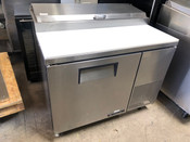 "44"" Pizza Prep Table Refrigerated 1 Door True TPP-44 NSF Station #3088"